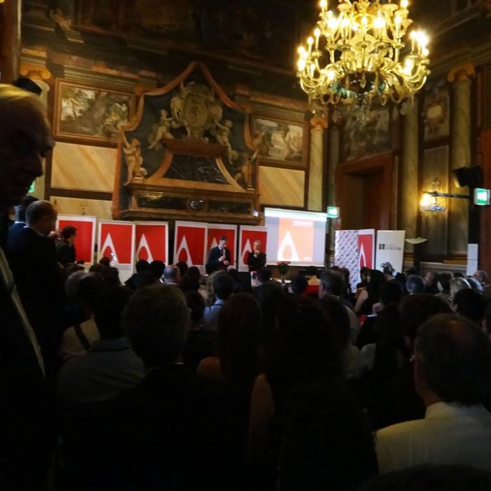 イタリアで開催された授賞式