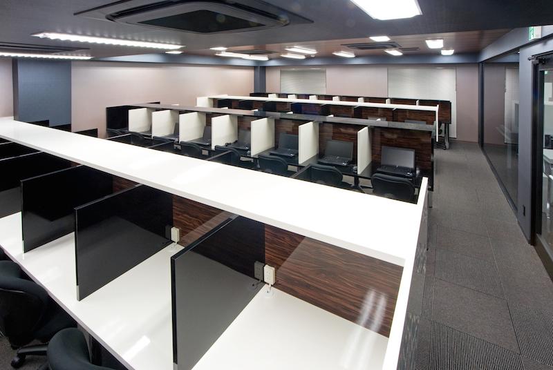 005(写真小さく)衛星授業教室