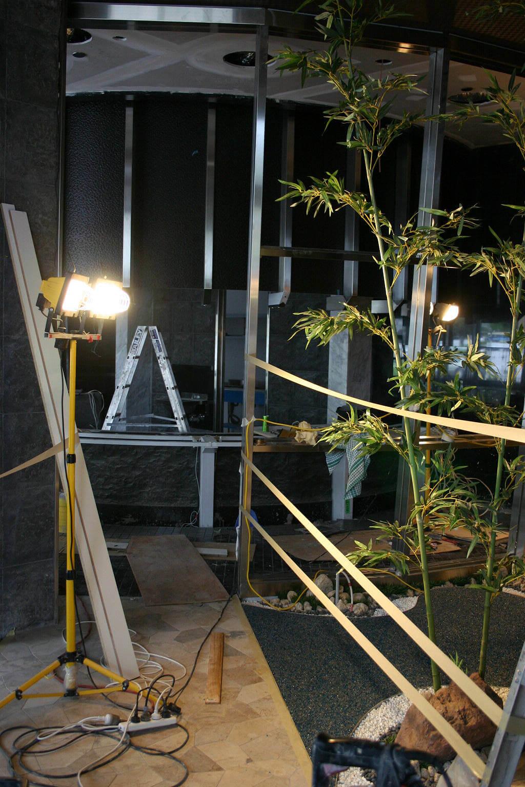 010 造園工事も弊社協力会社の職人が現地で施工