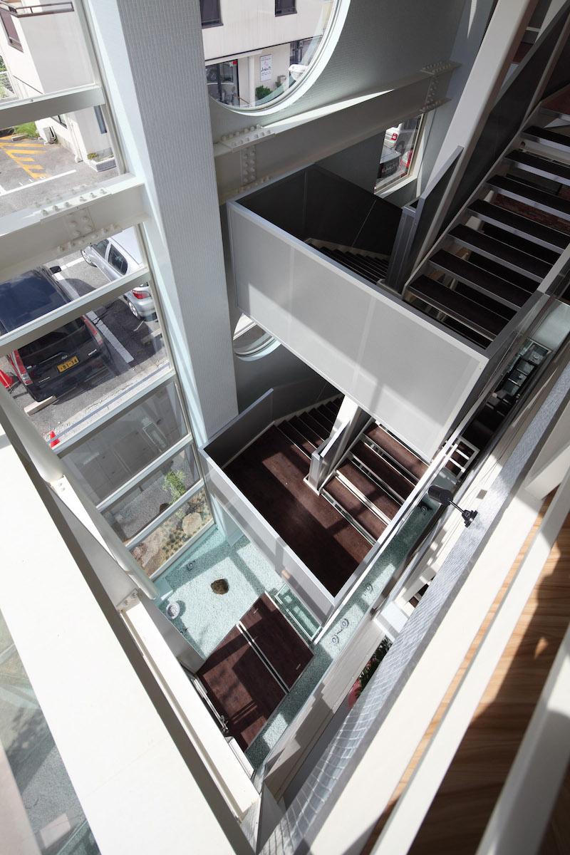 09 3階より吹抜を見る