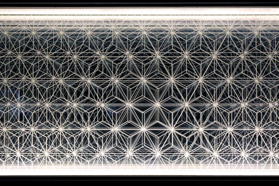 ⑬鉄板頭上の光帯