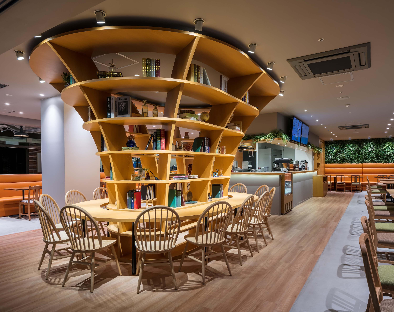 エロイーズカフェ横浜ハンマーヘッド店004